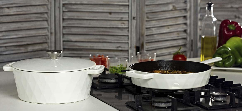 Cocotte y sartén Hearthstone Cookware