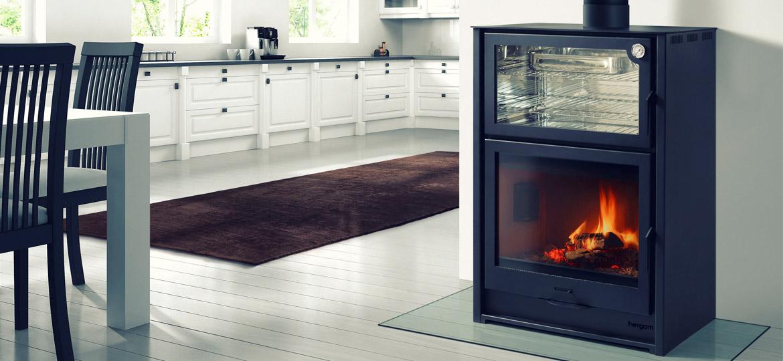 Hornos de le a herg m calefactor y asador en un mismo producto foundry herg m la revista de - Cocinar en horno de lena ...